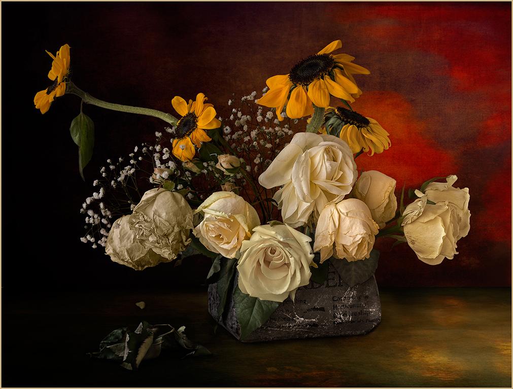 Bol amb gira-sols, roses i flors