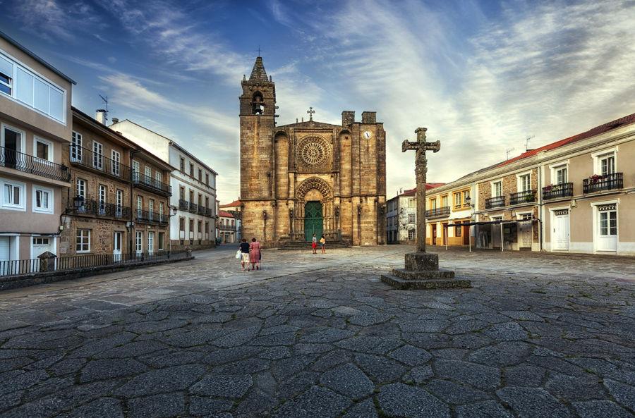La plaza de la iglesia