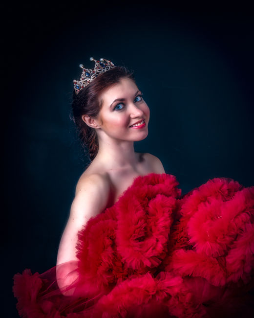 Olga en Rojo
