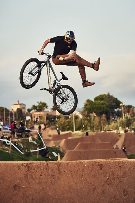 Diego Mora - Happy Ride Weekend