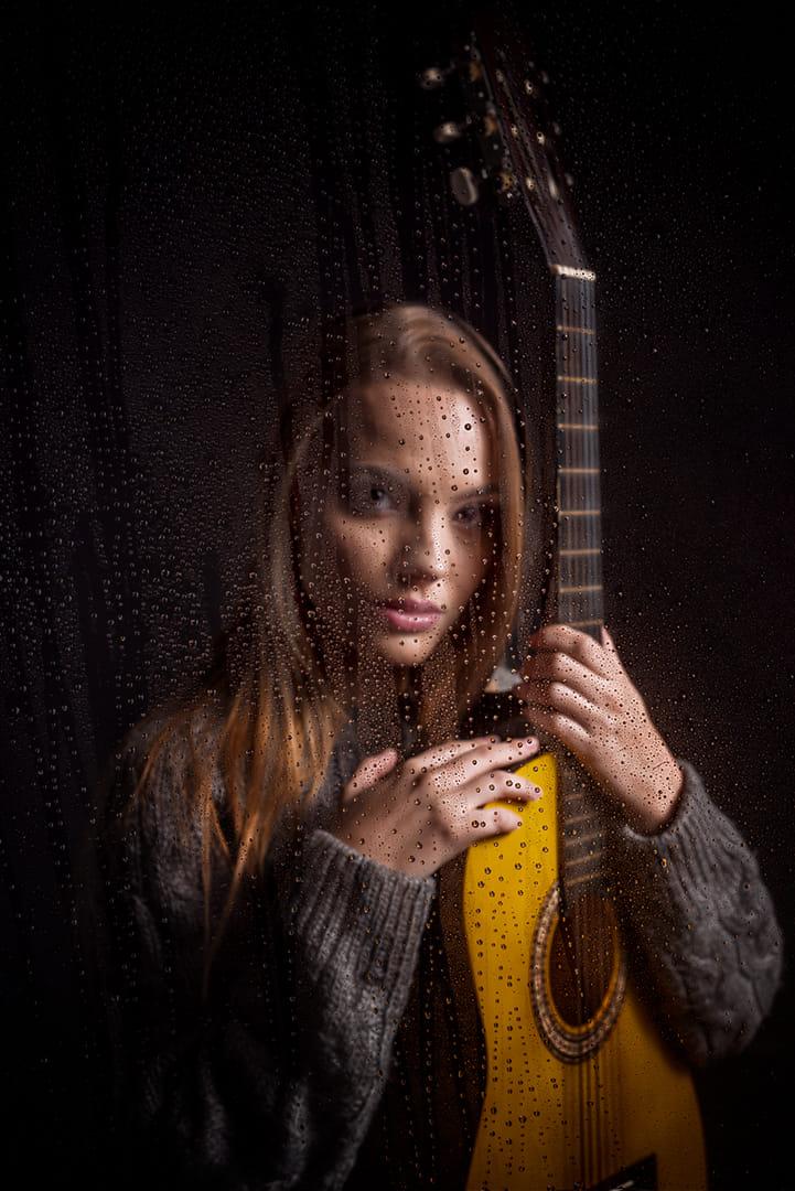 La cantautora