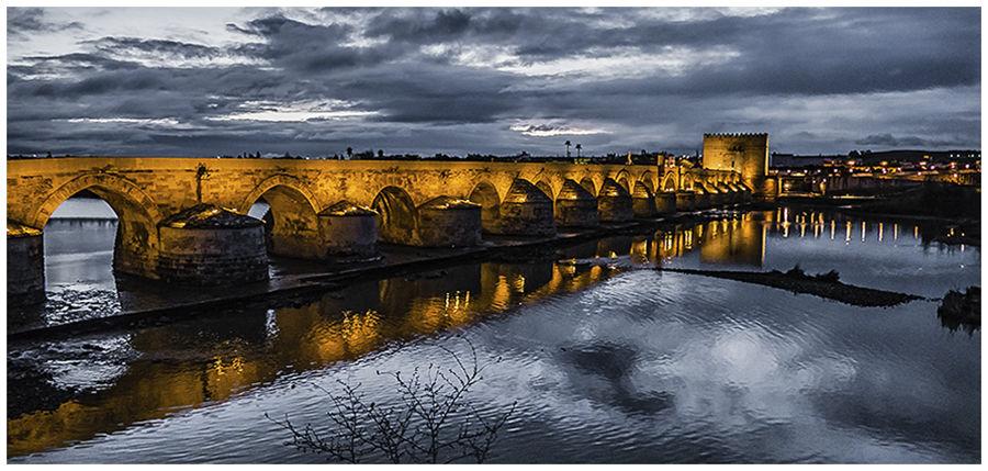 El pont sobre el riu