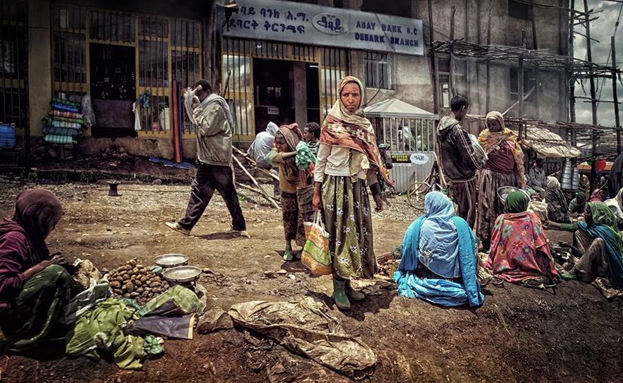 Ethiopian shopping lady
