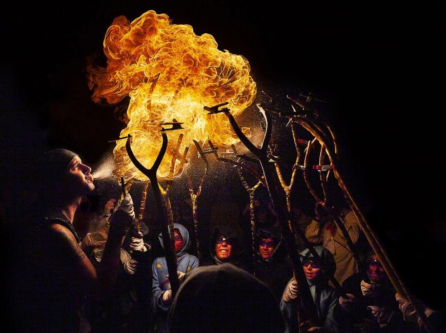 Diable bufador amb dimoniets 8