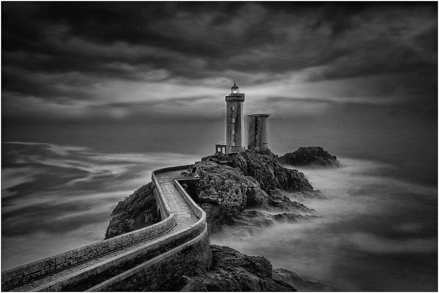 Far  i  Tempesta