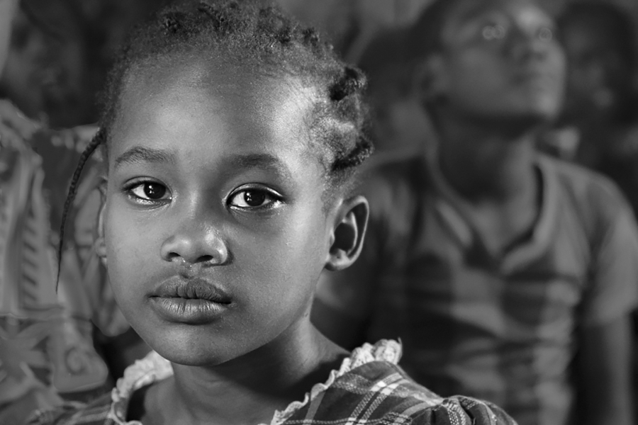 Nena etiop a l'escola