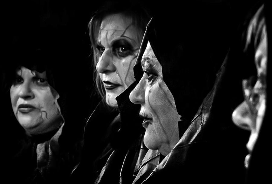 Noche de brujas.