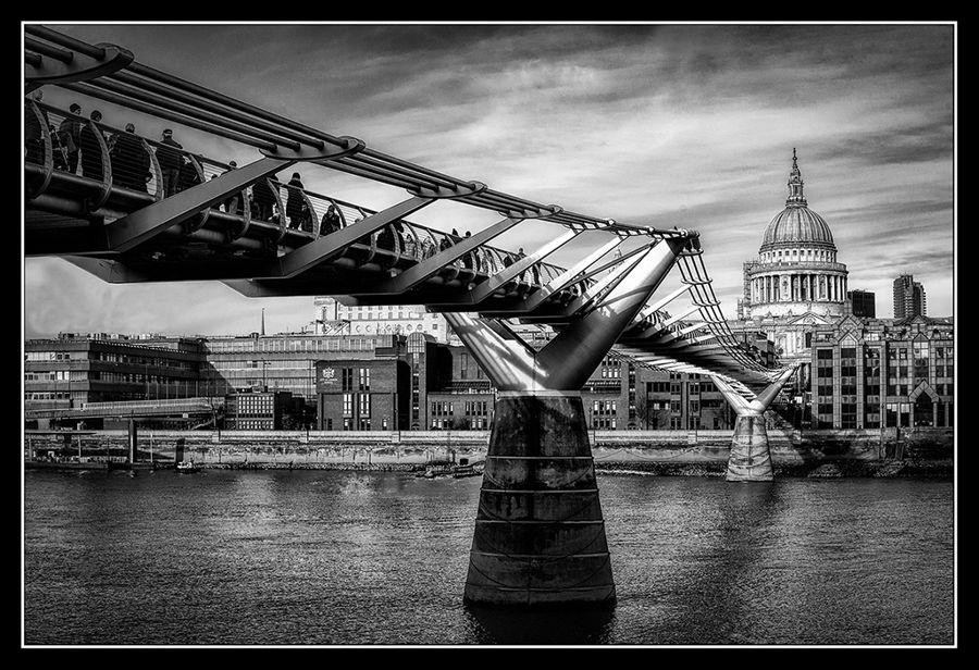 Pont sobre el riu