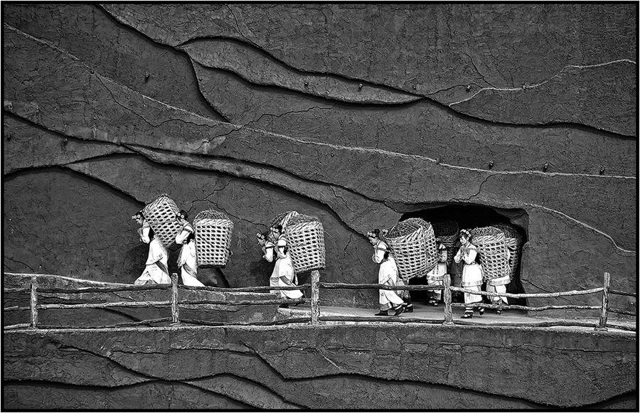 Lijiang girls