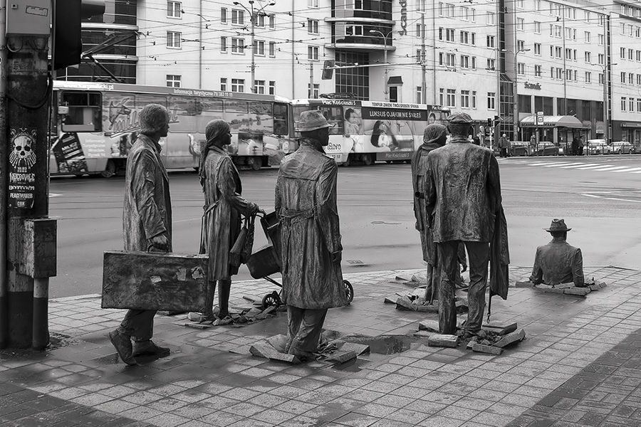 Monument to prisoners