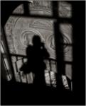 Autorretrato en sombras