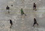 Jugando a voleibol